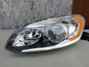 14 15 16 Volvo XC60 Halogen Headlight OEM