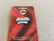 RMS TITANIC WHITE STAR LINE  Badge New On Backing Line