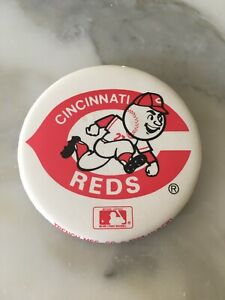 Large Vintage 1980s Cincinnati Reds Baseball Team Pinback Button Pin