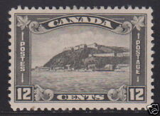 Canada 174 Lightly Hinged ! scv $ 25 ! see pic !