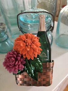 Bath & Body Works Wallflowers Fragrance Plug Wine Bottle Basket Flowers Mums NEW