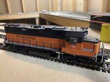 ho scale milwaukee road locomotive