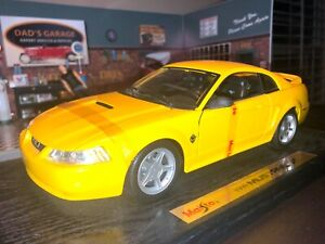 1999 FORD MUSTANG GT V8 COUPE CAR,FOX BODY CHROME YELLOW MAISTO, SP ED. 1:18
