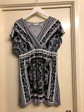 Womens Top Size 16 Black & White V Neck Tunic Top Stretch Mandala Millers # 956