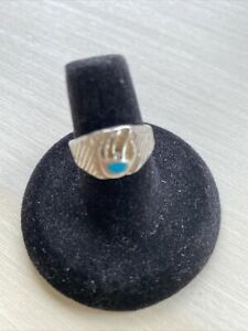 Vintage Sterling Silver Ring (sz 7) Turquoise Bear Claw Carved