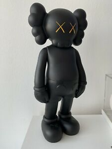 KAWS COMPANION 5YL 100% Authentic Figure Dissected Invader Banksy Supreme Chum 5