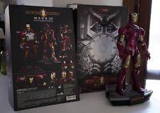 Hot Toys Iron Man Mac III Battle Damaged Version