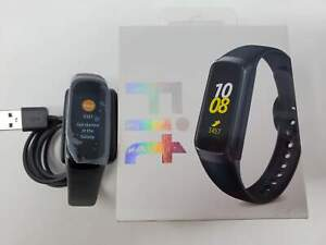 Samsung Galaxy Fit Black (Bluetooth), SM-R370NZKAXAR US Version with Warranty
