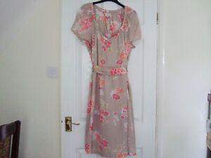 Jackpot Flower Sensations Dress Size 40