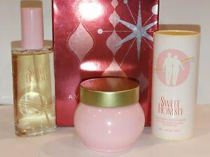 Avon SWEET HONESTY Gift Set Cologne Spray Body Powder Skin Cream  NIB
