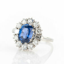 Cocktail ring (18k gold) with a sapphire and diamonds