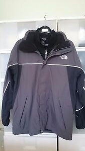 North Face Junior XL 2-Layer Water Resistant Jacket
