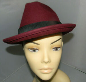 Ladies Burgundy Wool Felt Trilby Hat Size 57cm