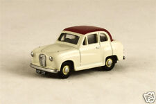 Classix EM76851 Austin A30 2 Door Red/White 1/76 New Boxed  - T48 Post