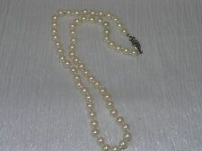 Vintage Handkotted Faux Cream Pearl Bead with GSilver Marked Clasp Necklace – 16
