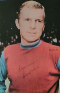 """Bobby Moore hand signed autograph 16""""X10"""" picture"""