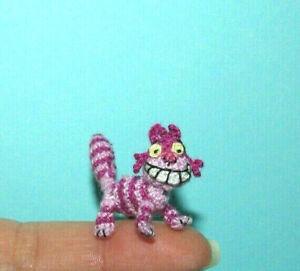 "Dollhouse Miniature Cat Handmade Crochet Cheshire Cat Alice in Wonderland 1"""