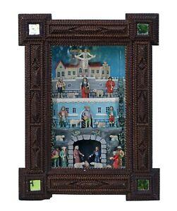 Grulicher Kastenkrippe mit 24 Figuren im geschnitzten Rahmen (# 14426)