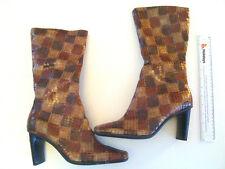 LADIES HIGH LEG STRETCH BOOT. BROWN CROCCO SKIN UK8 (EU41)