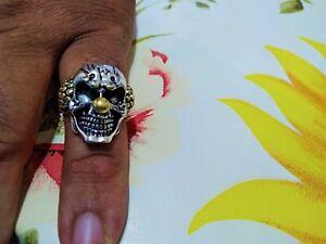 anello con teschio clown