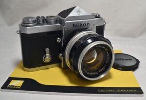 NIKON F EYE LEVEL NIPPON KOGAKU con NIKKOR S 50mm f 1,4