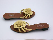 """NEW Talbots Ladies Yellow Genuine Leather Sandals Shoes Flats Flower 1"""" Heel 6B"""