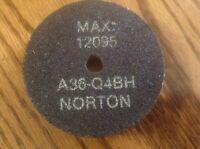 "NORTON GRINDING WHEEL A36-Q4BH 3""X1/2""X1/4"" Max Rpm 12095 NEW NO BOX"