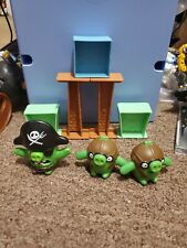 McDonalds The Angry Birds Movie Set of 3 Pigs and 5 Blocks