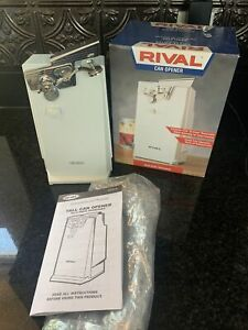 Rival Automatic Can Opener With Knife Sharpener WHITE Model CN740 Vintage New