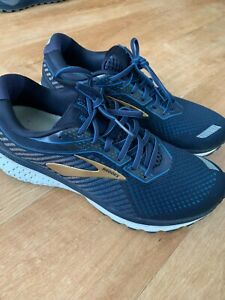 Brooks Mens Ghost 12 Running Shoes - Sz 9.5 - Good condition