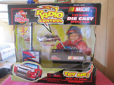 RACING CHAMPIONS RADIO CONTROL DIECAST 1:64 SCALE 27MHZ MOBIL 1 NASCAR