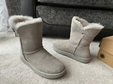 UGG Grey mid leather suede shearling boots, UK size 5,EUR 38,USA 7
