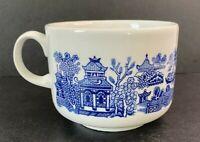 (1) Blue Willow Churchill England Lovebirds Tea Cup /Coffee Mug Antique