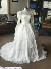 Vintage Handmade Lace Wedding Dress High Neck Extra Long Veil Costume Cos Play