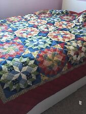 MULTI-COLOR RED BETTER HOMES COMFORTER FOUR PATCH FULL / QUEEN QUILT PRE-OWNED