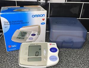 Omron M7 Digital Automatic blood pressure monitor