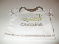 2 MOTHERCARE T SHIRTS, IN BROWN AND BEIGE TO FIT BABY UP TO 7.5LBS