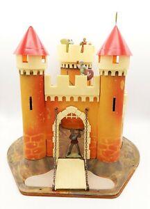 Castle Medium Age Cardboard,N° 1 Plastic,Hardboard,Bel Condition,MGF FRAIGNIER