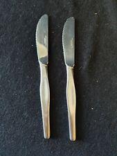 2 couteaux en inox Guy DEGRENNE