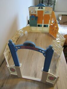Vintage Barbie Riding Club Stables Ranch Corral Fence Accessories 1990's Stable