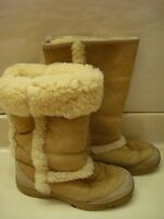 UGG Sunburst Tall sz 7 Sand Beige Sheepskin Lined Boots Style # 5218 Shearling