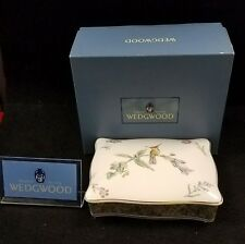 WEDGWOOD HUMMING BIRDS PLAYING CARD BOX ENGLAND *NE IN BOX*