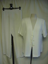 Ladies Trouser Suit ivory, jacket UK 18, pull-on trousers UK 22, summery 1105