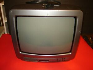 """GE General Electric 13"""" Color TV 13GP210B No Remote"""