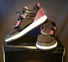 Size:6 - 1020164/54A - Baby Phat - Blake 2 Fashion Sneakers - Black/Fuchsia   b