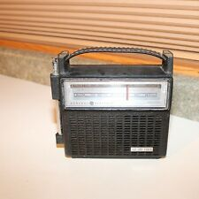 GE Two Way Power AM/FM Transistor Radio