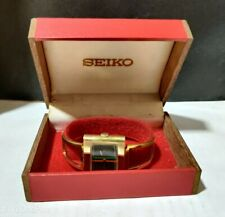 Vintage Seiko 30mm 4.94 Hand Winding 17 Jewels Women's Wrist Watch IR146