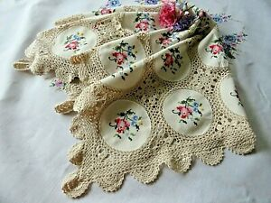 VINTAGE HAND EMBROIDERED /CROSS STITCH/SMALL TABLECLOTH - LOVELY LACE SURROUND