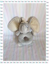 B - Doudou Hochet Dumbo Gris et Beige Disney Nicotoy