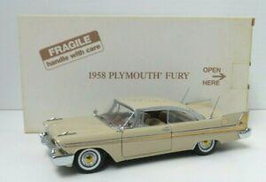 The Danbury Mint 1958 Plymouth Fury 1:24 Scale Die Cast Car w Box - A707